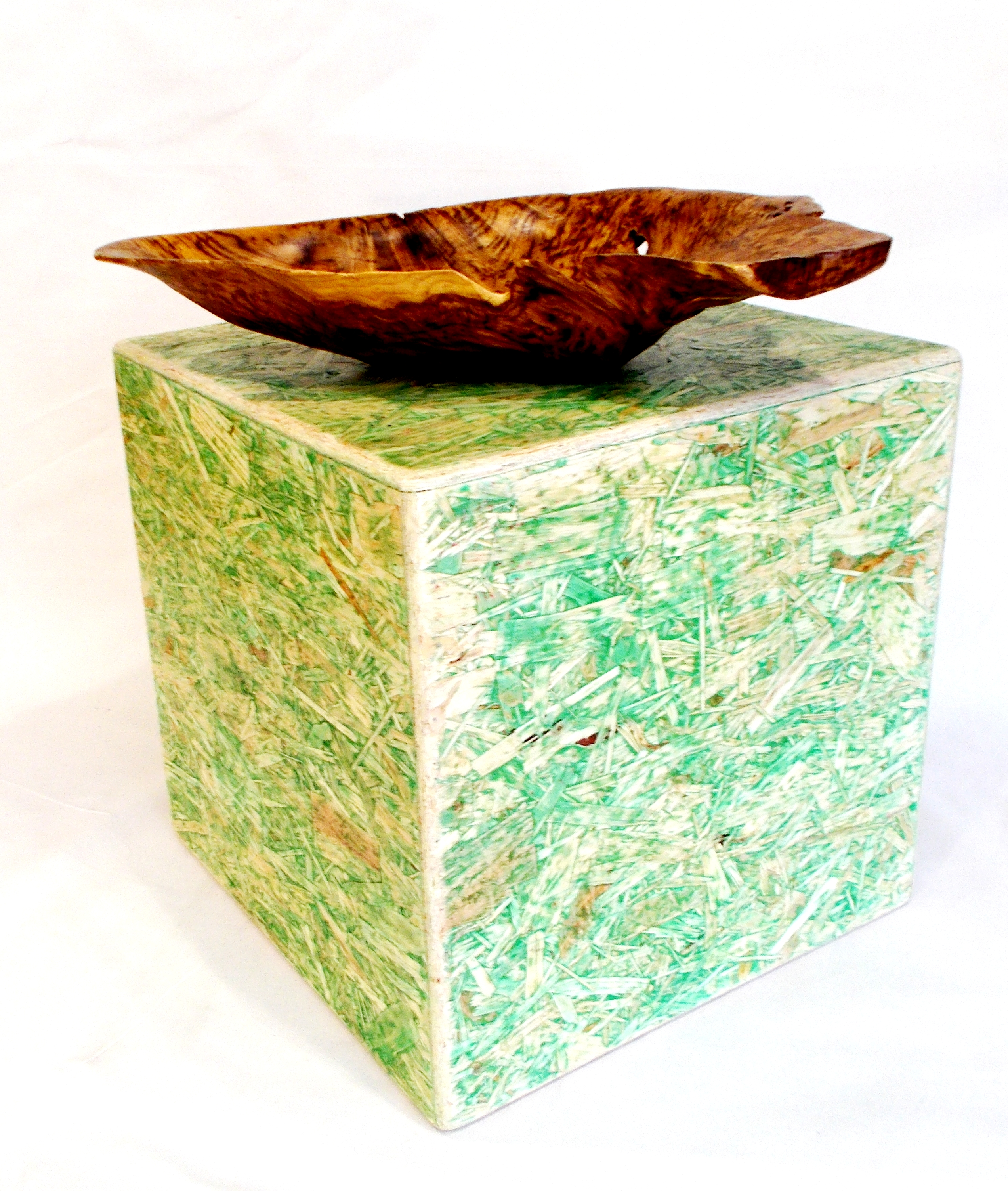 OSB Cube Plinth, green finish