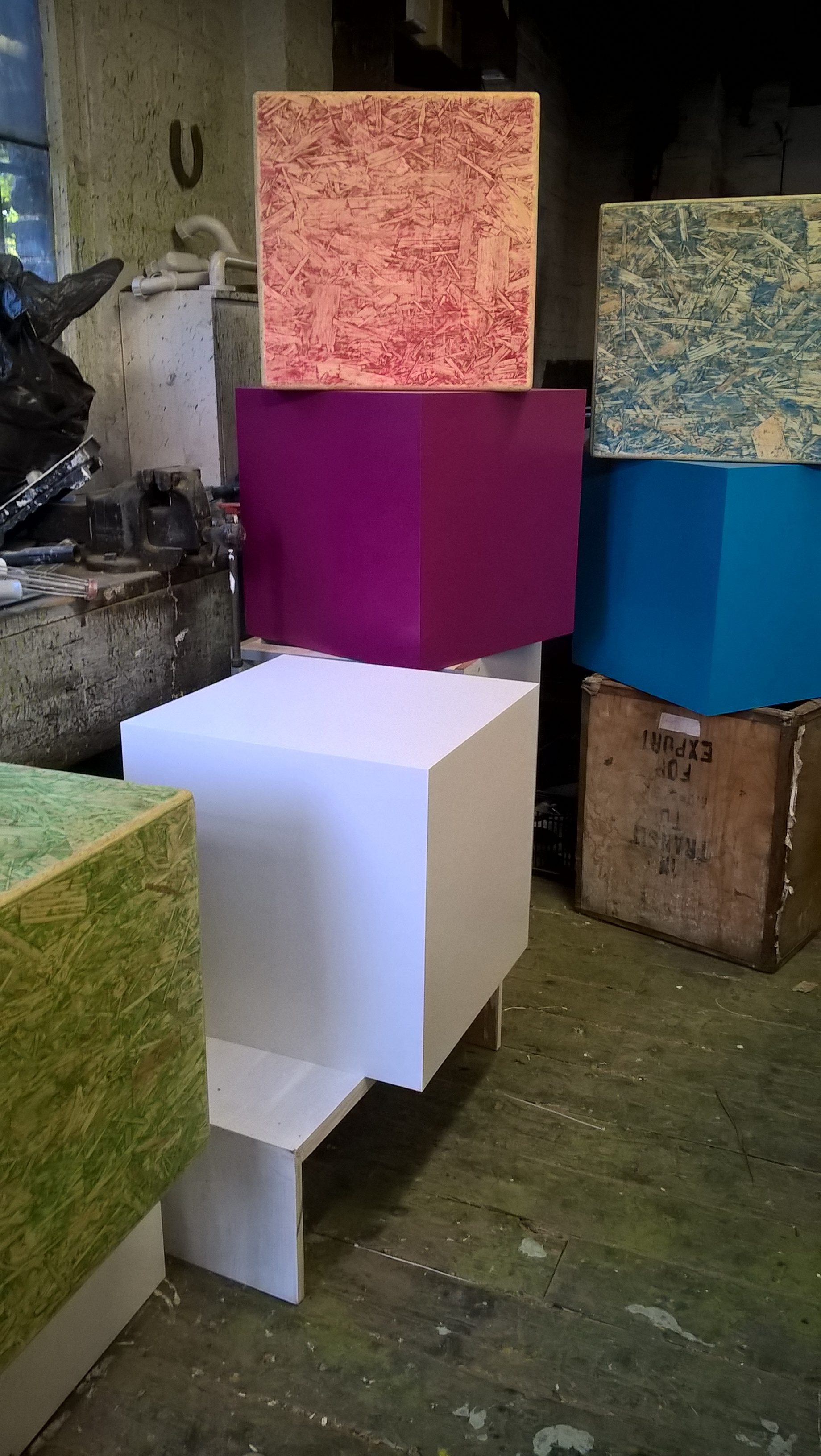 Assorted display cubes & plinths; mdf & osb